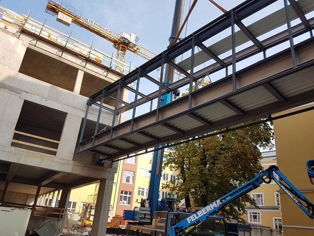 Grömer-Stahl Brücke HAK Wels-1